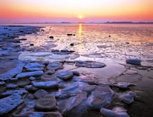 Eisschollen am Strand der Ostseeküste - Foto: Thomas Grundner, Tourismusverband MV