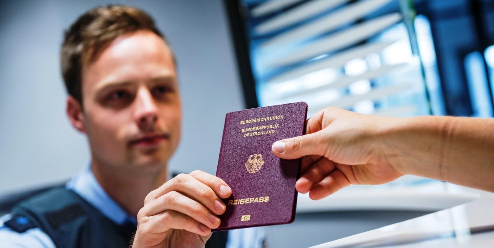 Ausweispapiere-Bundespolizei