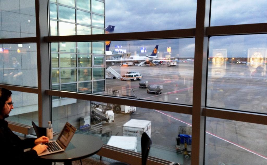 Airport-Wartezone_am_Gate