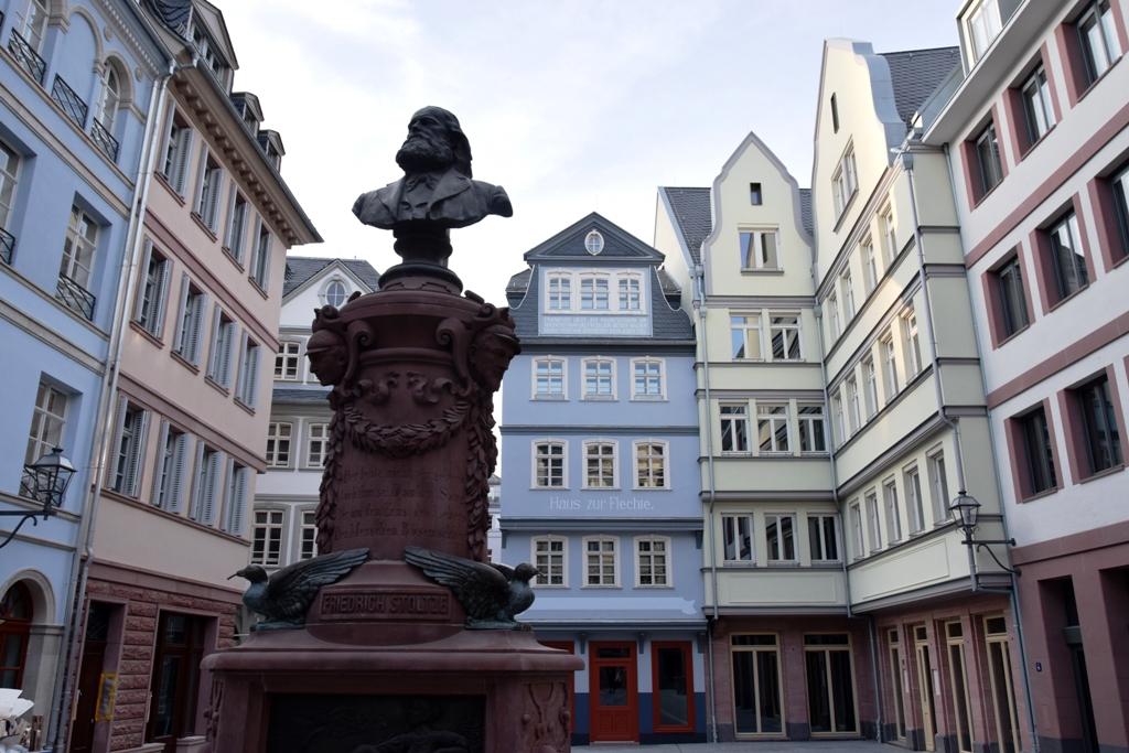 Stoltze_Denkmal