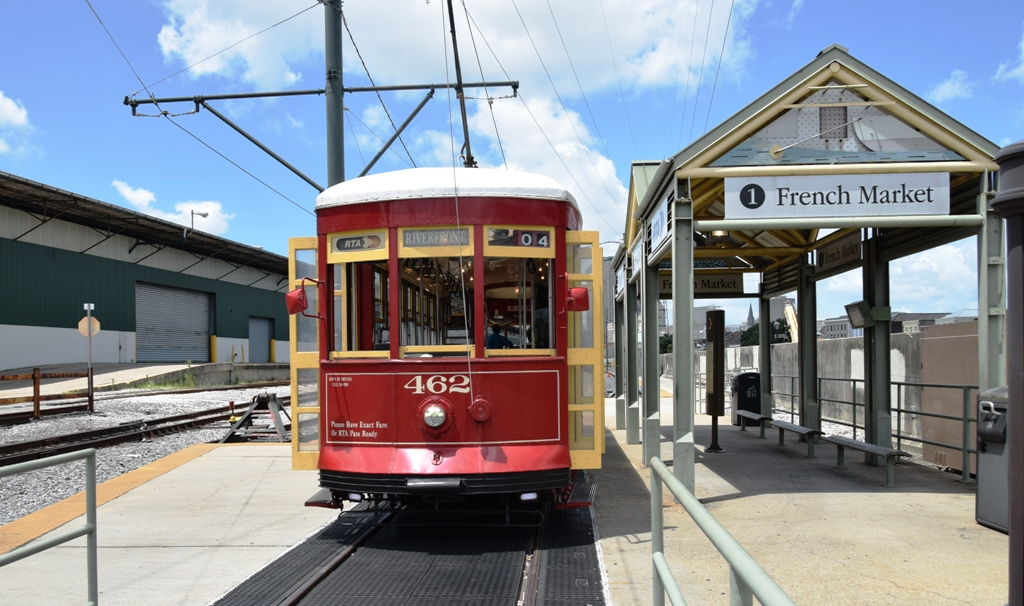Streetcar_French_Market