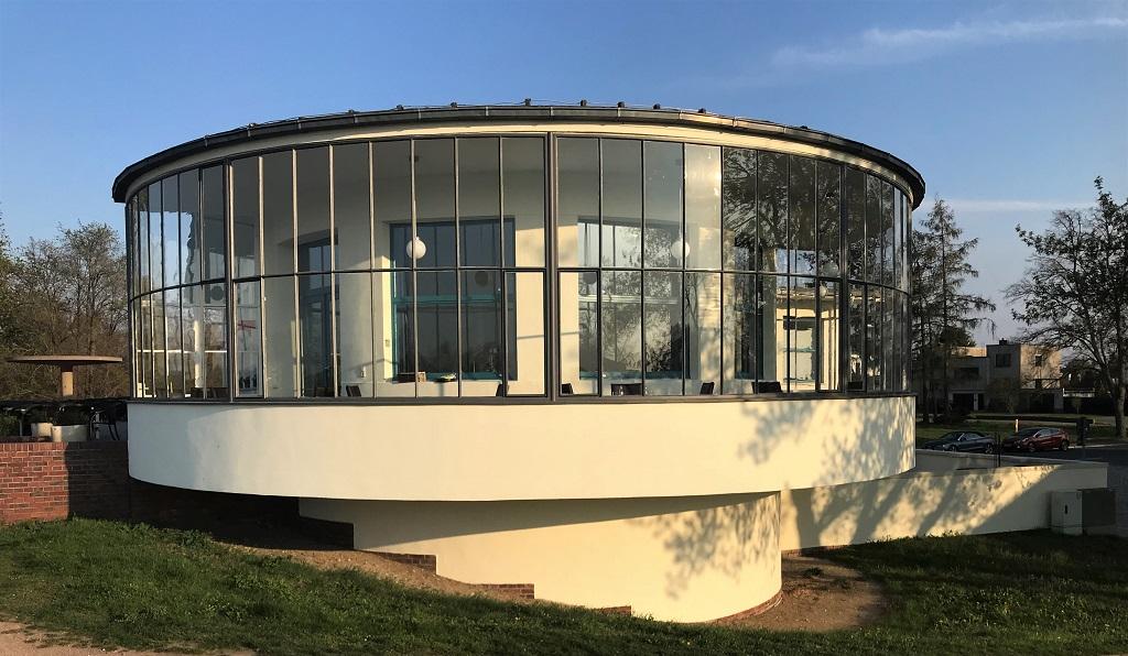 Dessau-Kornhaus01