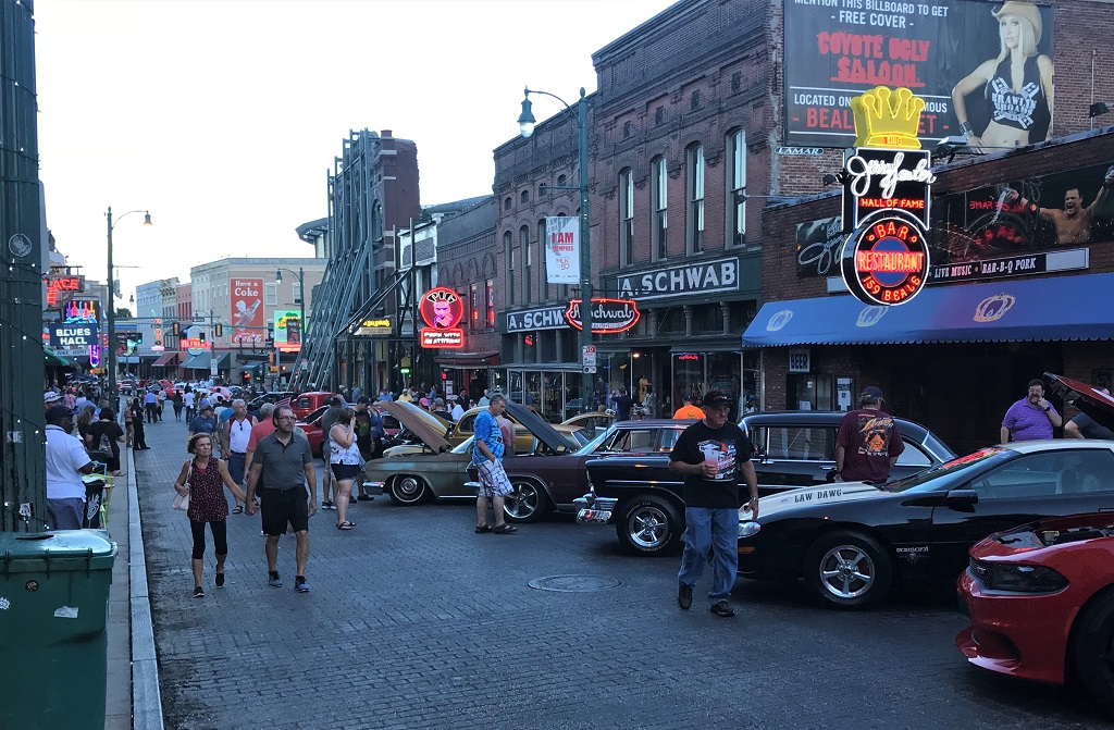 BEALE-STREET_Early-Evening