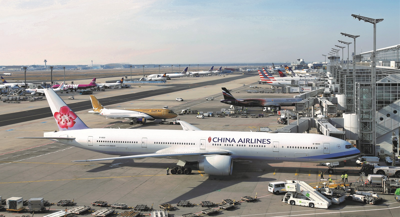 Flugzeuge vor T2
