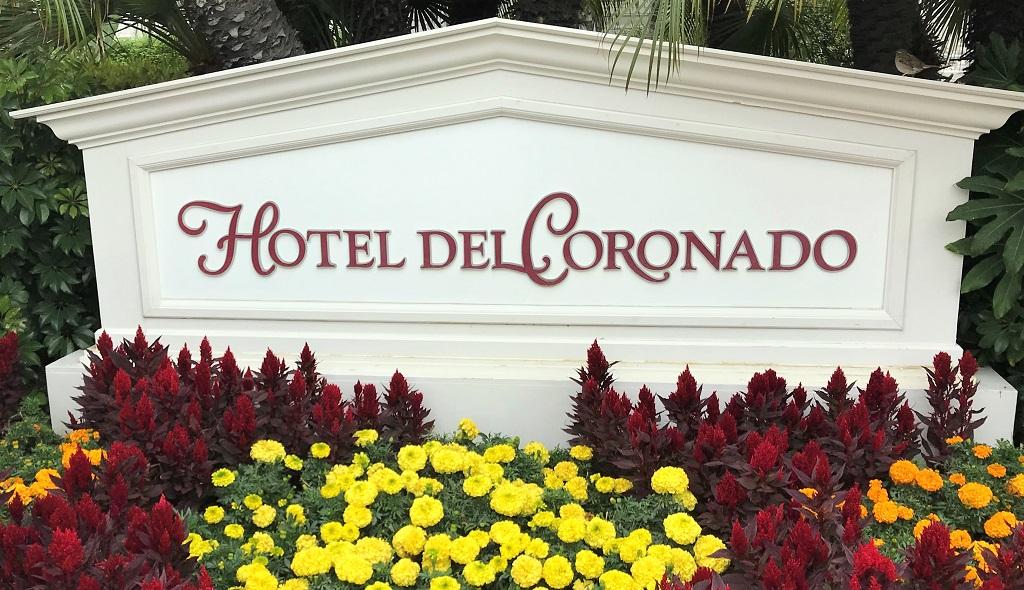 Coronado-Schild-Eingang