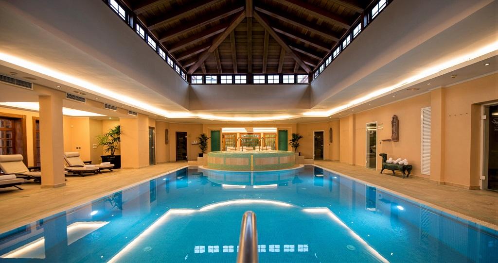 BOTANICO-Indoor-Pool