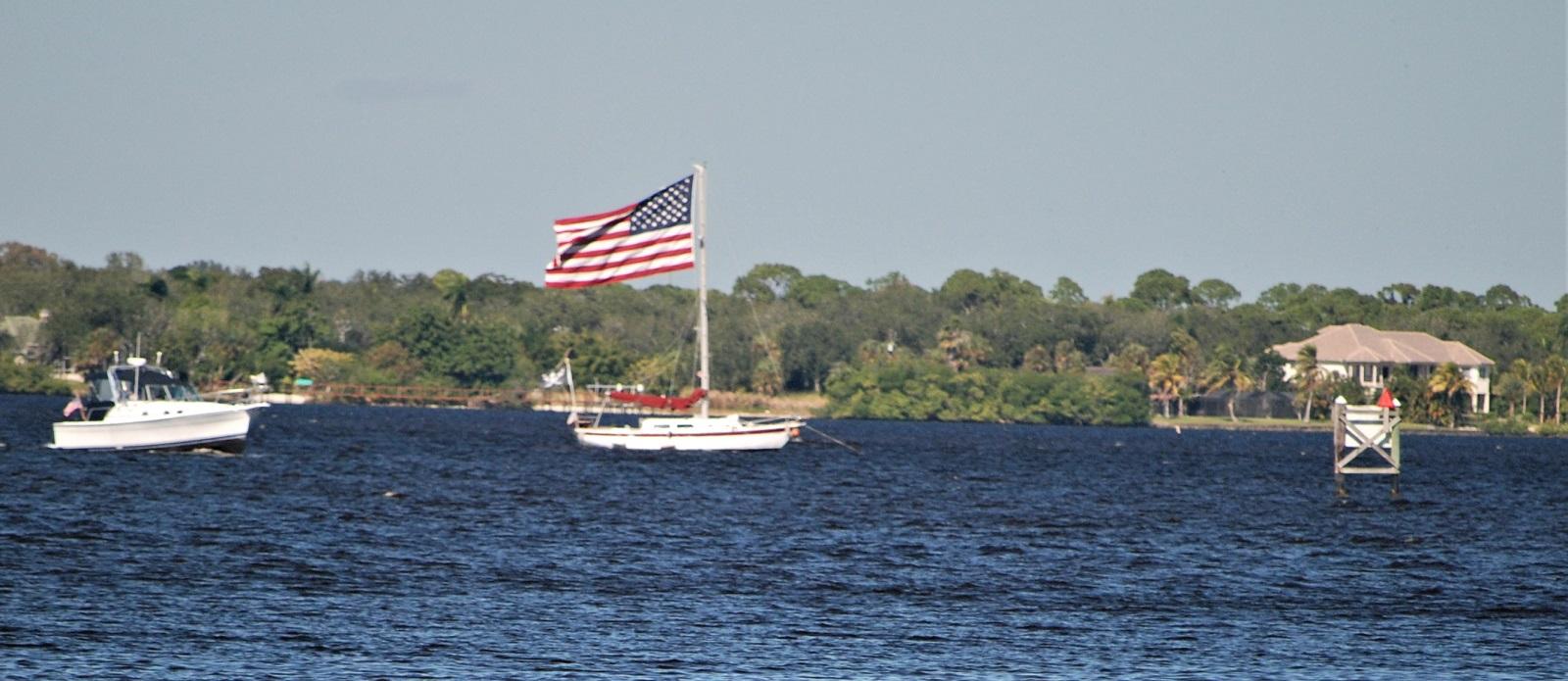 US-Flag-02-bearbeitet-klein