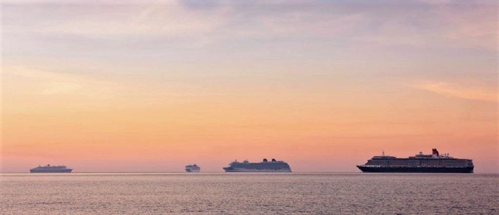 Pressebild_Cunard_Flotte_Weymouth_2020-K